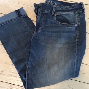 American eagle artistic crop jeans